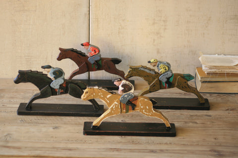 S Of 4 Wooden Horse And Jockeys