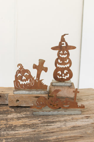Set Of Three Rustic Metal Table Top Halloween Dã‰Cor