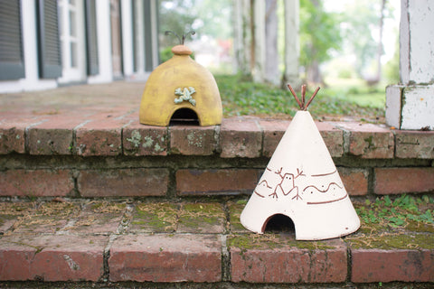 Clay Tee Pee Toad House