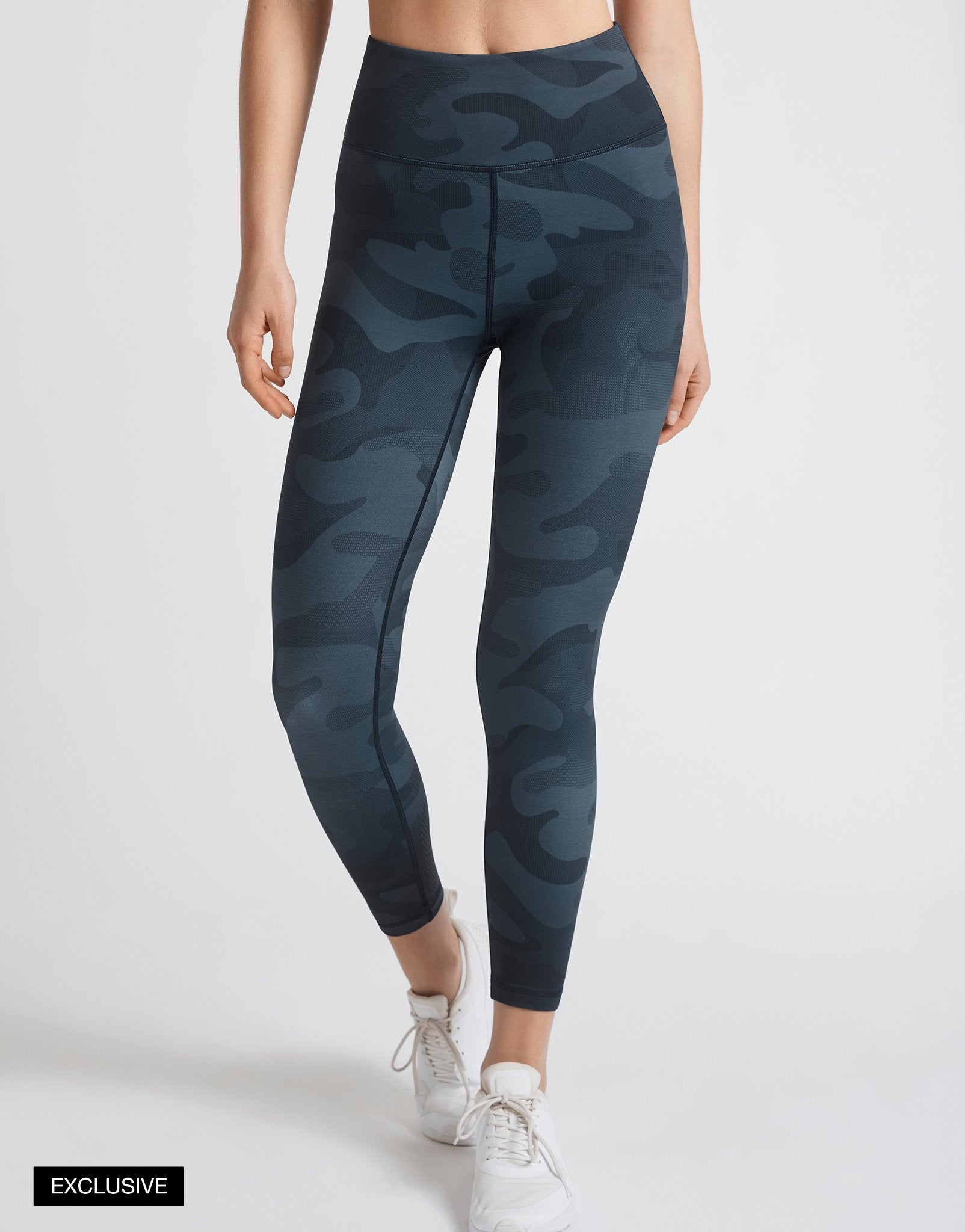 Lilybod-Whitley-Blue-Night-Camo-front-x.jpg