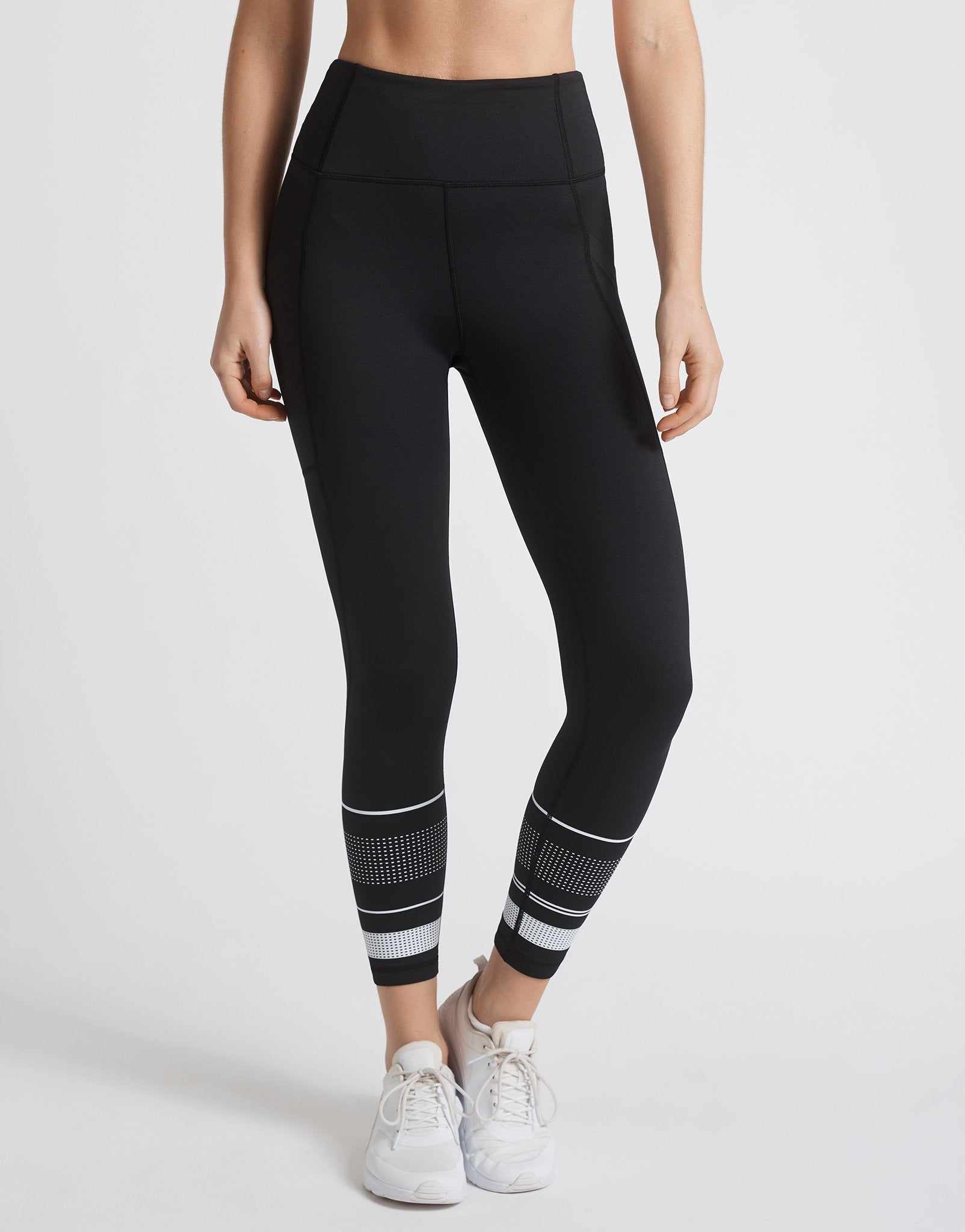 Lilybod-Zoe-XR-Tarmac-Black-Legging-side.jpg