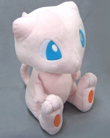 Pokemon Mew Sitting Banpresto Plush - 12""