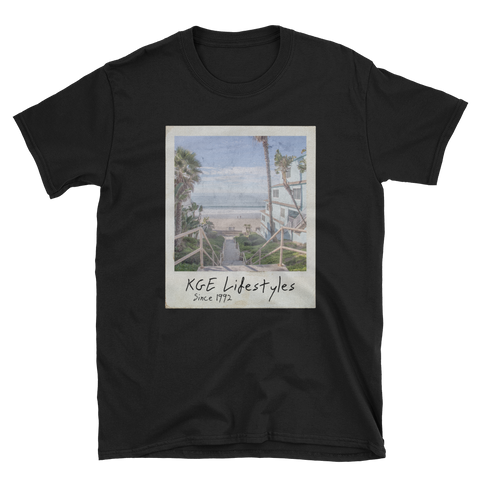 Vintage Beach Photo Short-Sleeve