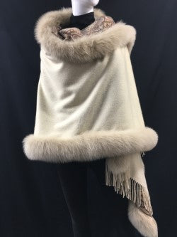 100% Double Faced Cashmere Shawl with Fox Trim-Beige