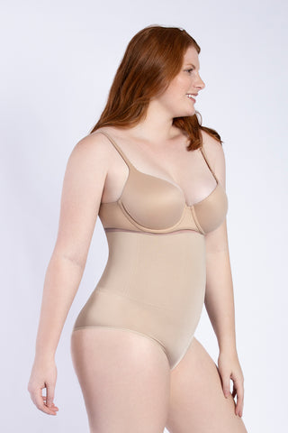 SIGNATURE CONTROL SEAMLESS SHAPING HIGH-WAIST BRIEF
