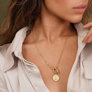 ELLIE VAIL - LIZZIE COIN TOGGLE NECKLACE