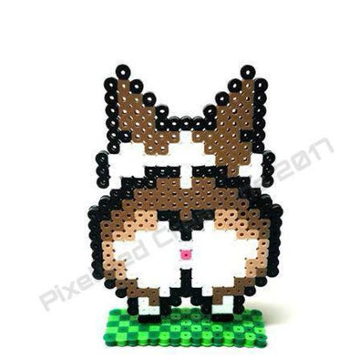 Corgi Butt View Plastic Desk Buddy with Pixelated Green Grass Stand