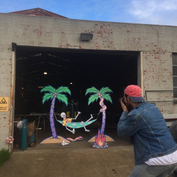 Behind the scenes Yolanda Be Cool x Aloe Blacc S.O.S artwork installation The Snake Hole