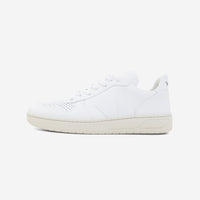 Veja V10 Leather Extra White