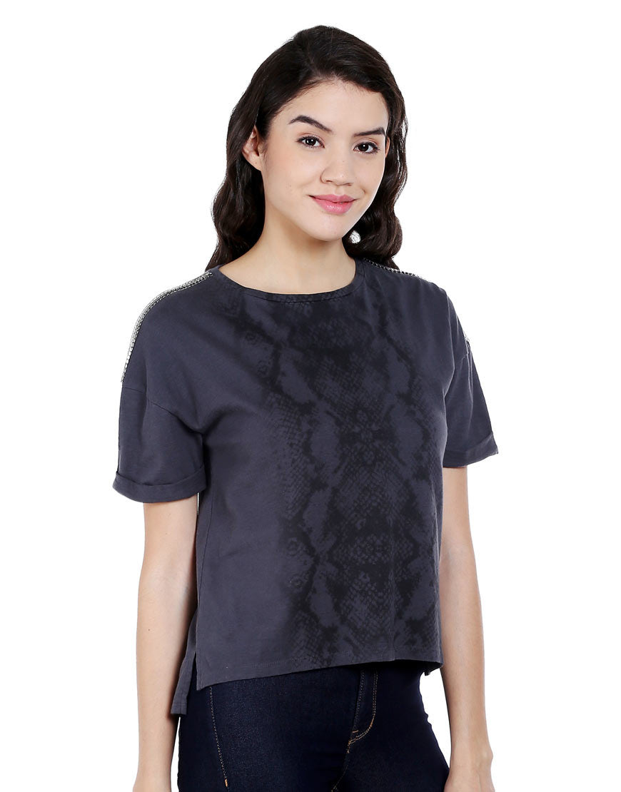 Grey Cotton Reptile Print Tshirt With Short Sleeves