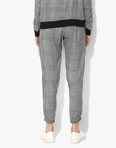 Chequered Joggers With Twill Tapes
