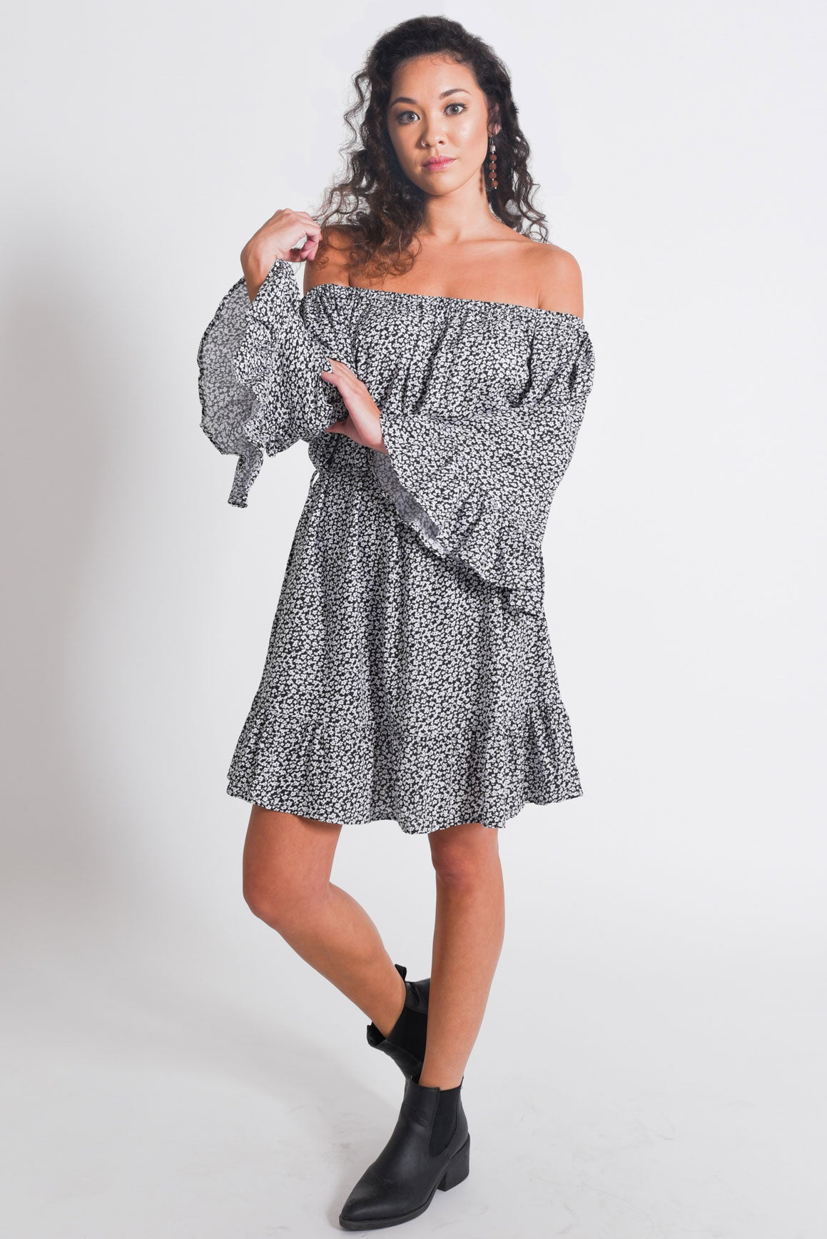 Off Shoulder Dresses with Sleeves
