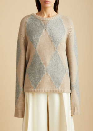 The Daisy Sweater in Powder