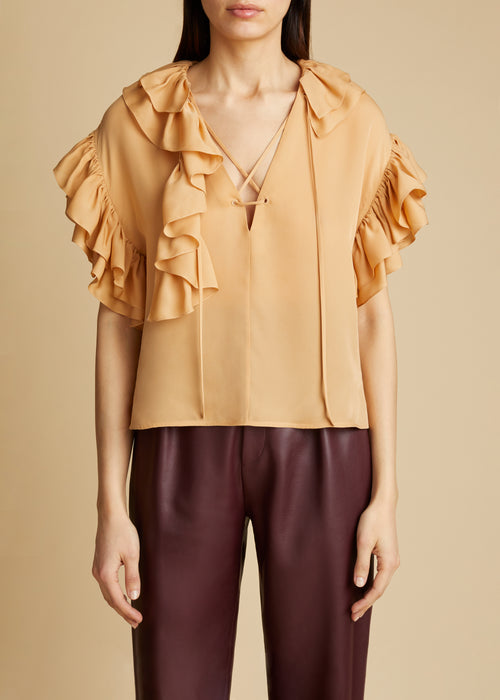 The Dee Top in Beige