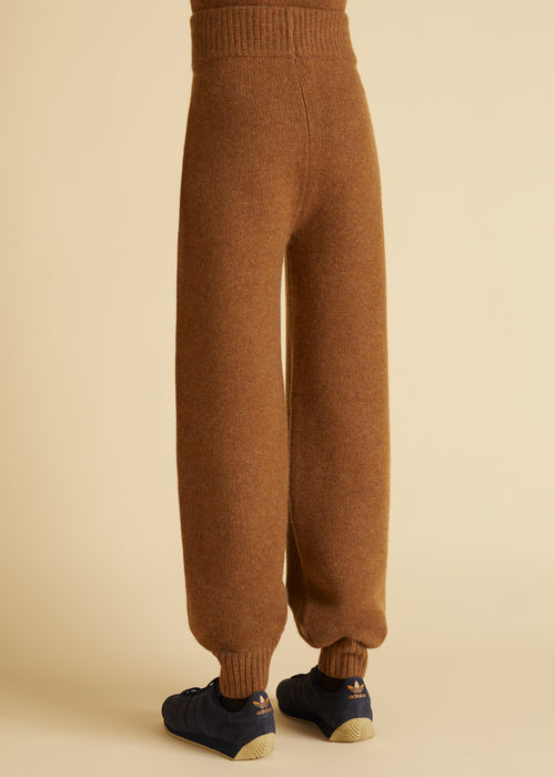 The Joey Pant in Walnut