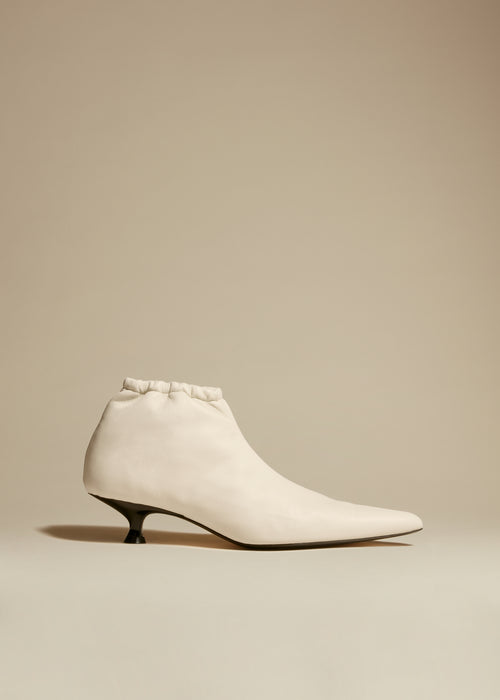 The Volos Boot in Cream Leather