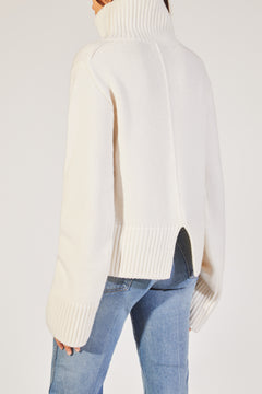 The Wallis Lady Sweater in White