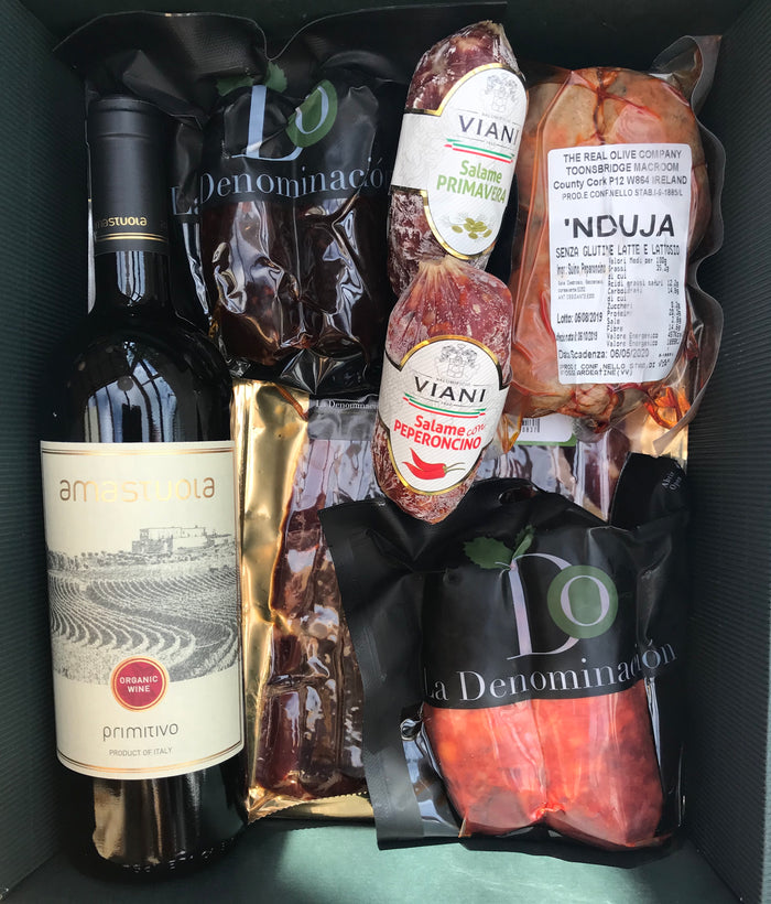 MEAT AND ORGANIC WINE FOOD BOX