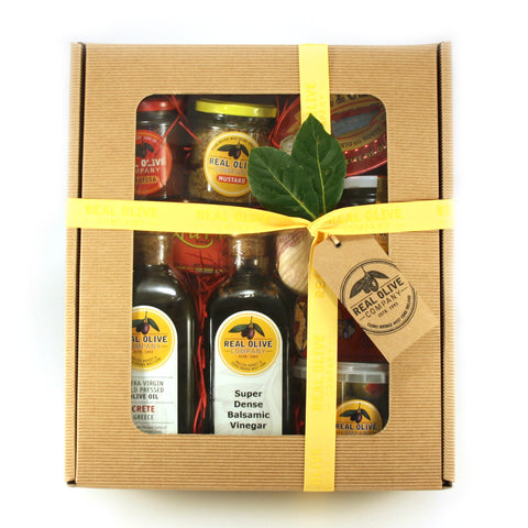 Christmas Hamper With Our Favourite Pantry Essentials #1