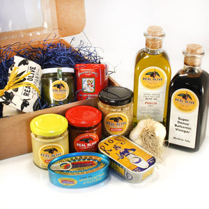 FOOD BOXES AS A GIFT. DELIVERED ANYWHERE IN THE COUNTRY. ADD A CARD & MESSAGE.