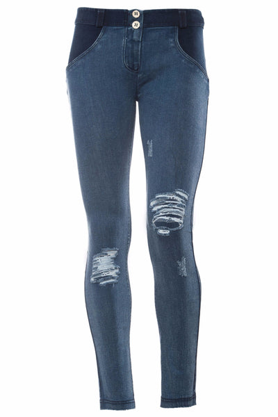 WR.UP® Shaping Jeans Skinny Low Distressed Denim Front Dark Blue-Jeans-Freddy-Weightless.no