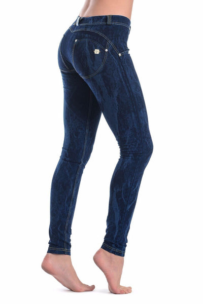 WR.UP® Shaping Jeans Skinny Low Dye Bleed Dark Blue-Jeans-Freddy-Weightless.no