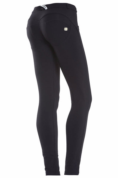 WR.UP® Shaping Pants Skinny Mid Beauty Effect Black-Pants-Freddy-Weightless.no