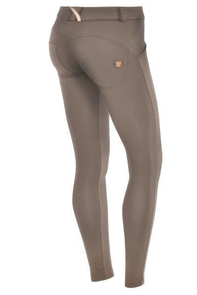 WR.UP® Shaping Pants Super Skinny Mid Sand-Bukser-Freddy-Weightless.no