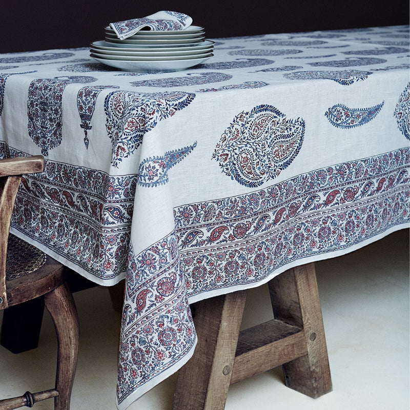 products/mantel_paisley_01.jpg
