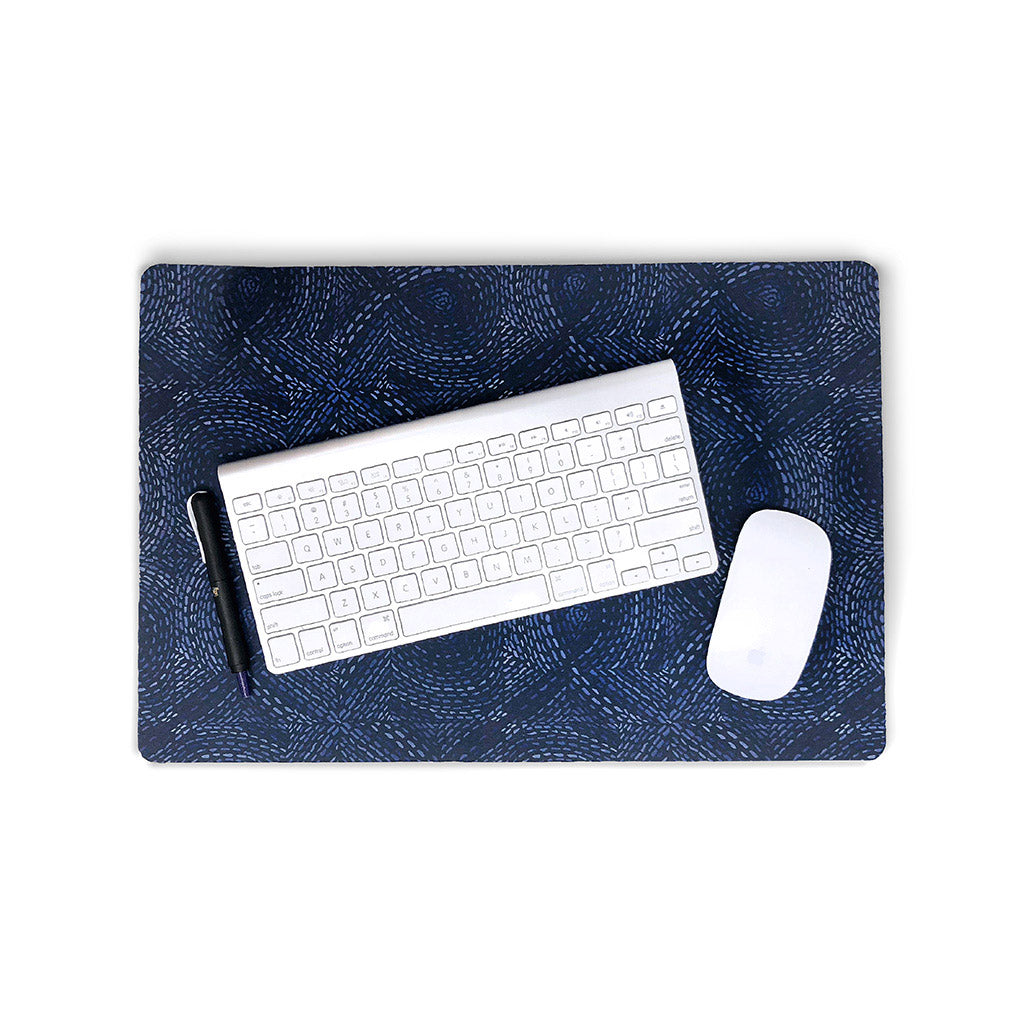 Loop Dots Desk Pad