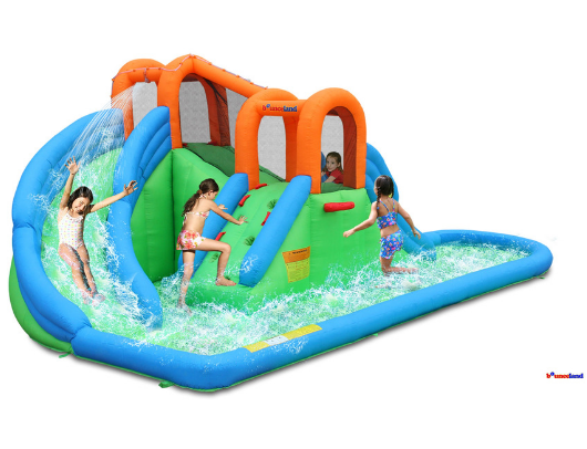 Bounceland Island Waterpark kids playing