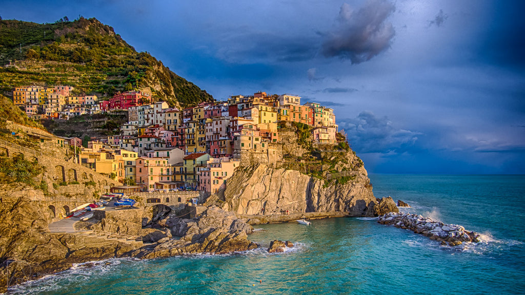 Manarola Sunset - Bobby Tan