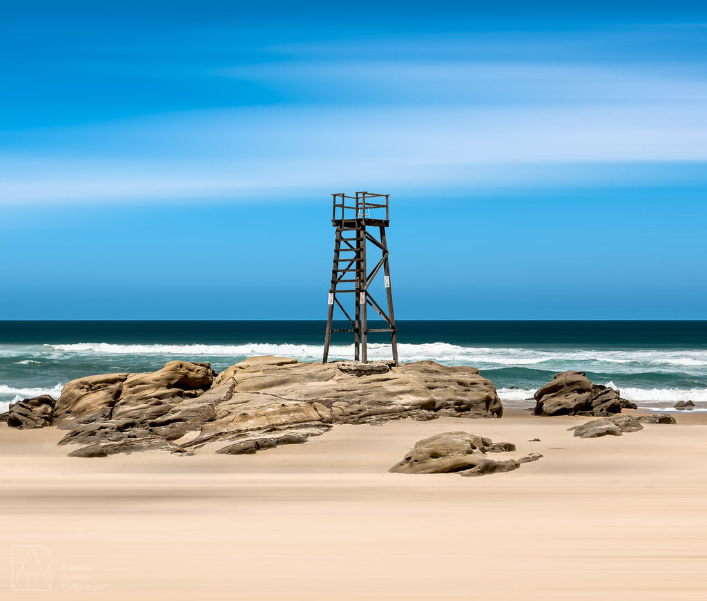 Newcastle Beach - Peter Levshin