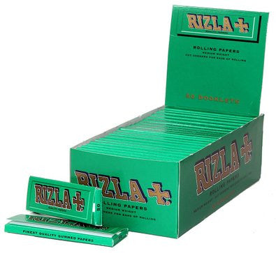Green Regular Size Rolling Papers | Rizla