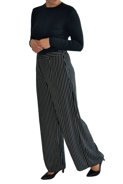 These pants create gorgeous movement when walking and feature pockets.