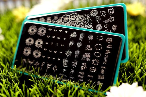 With thousands of design to choose from, you will always find something that speaks your style. See our nail stamping plates! >