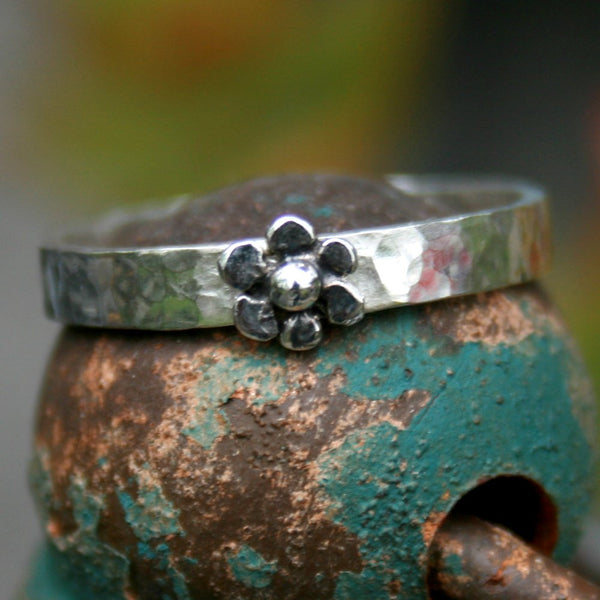 Personlized Sterling Silver Ring - Custom Flower Band
