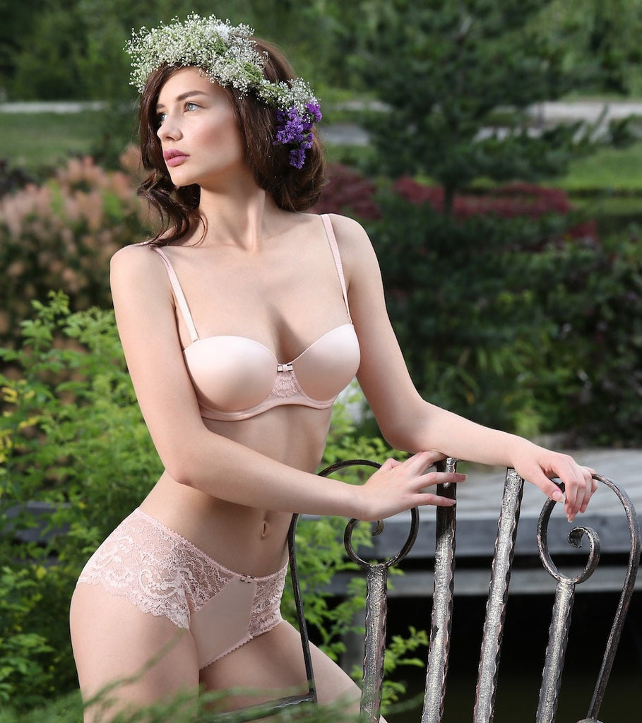 Balcony Bra Dusty Rose. Pale pink women's lingerie bras with graduate cups and detachable straps.