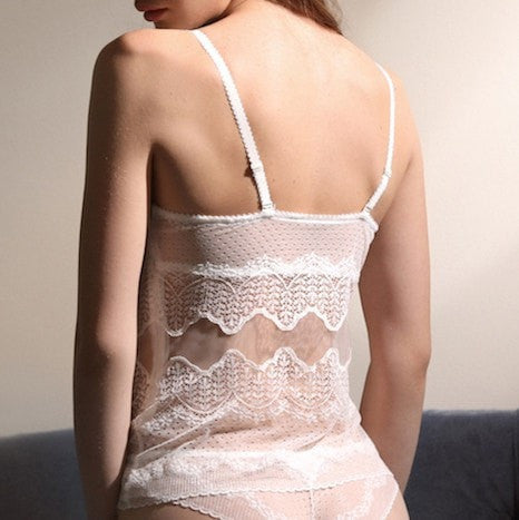 Ivory or black women's lingerie corselette with a lace design and gradual cups with detachable straps.