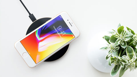 Satechi Wireless Charging Pad: Compatible with iPhone 8/ 8 Plus