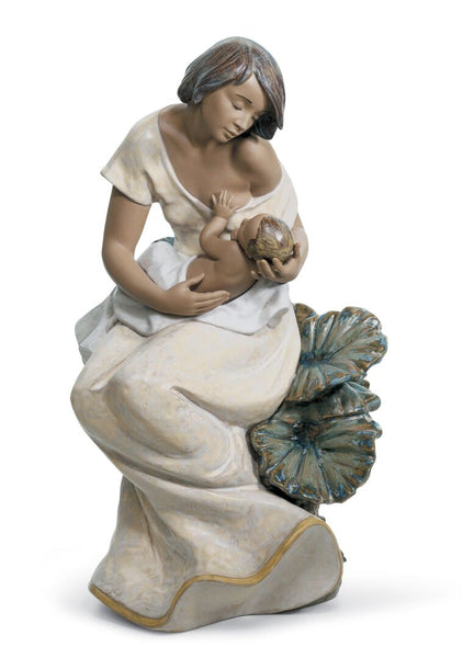 A Beautiful Bond Mother Figurine by Lladro, 16 inches