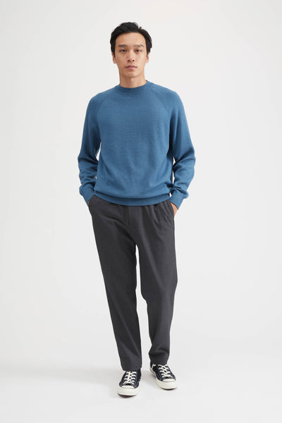 AGING WOOL KNIT CREW NECK SWEATER - BLUE