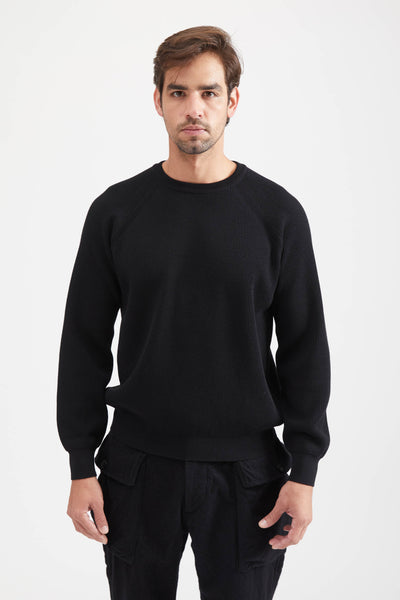 HIGH TWIST WOOL KNIT CREW NECK SWEATER - BLACK
