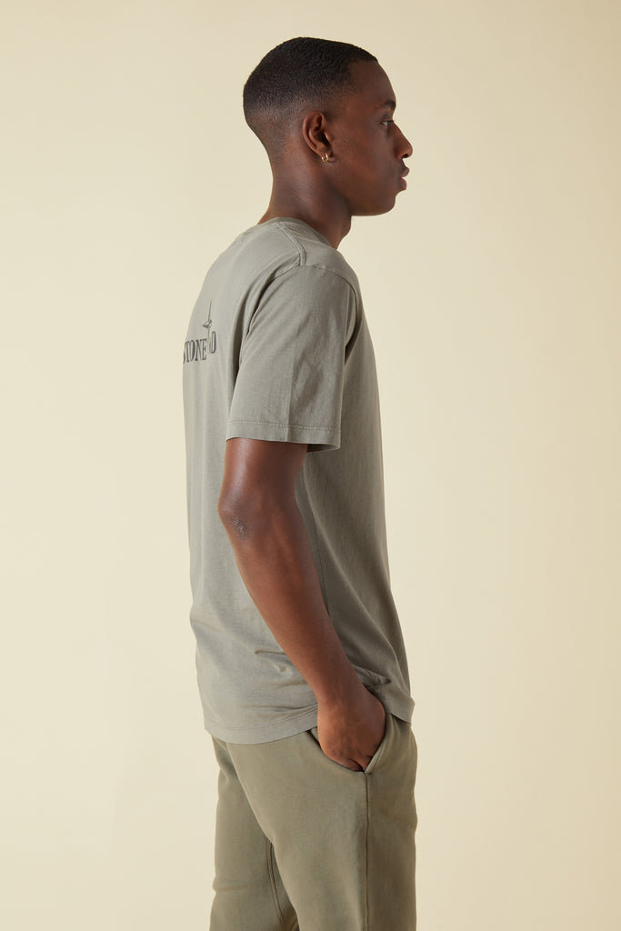 2NS85 ISTITUTIONAL PRINT GARMENT DYED TSHIRT - OLIVE