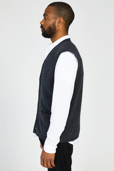 WASHED WOOL KNIT VEST - CHARCOAL