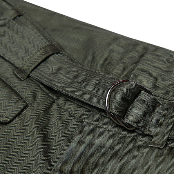 SUPIMA COTTON HERRINGBONE D-RING BELTED PANTS - OLIVE