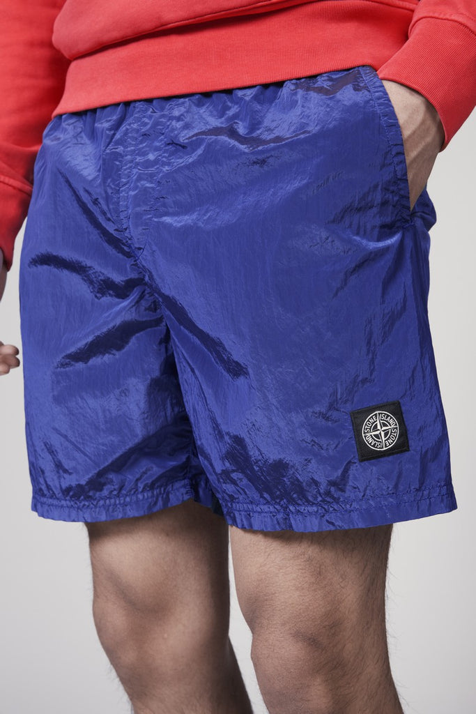 B0943 NYLON METAL GARMENT DYED SHORTS - PERIWINKLE