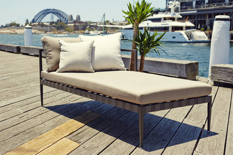 Pier Chaise Right