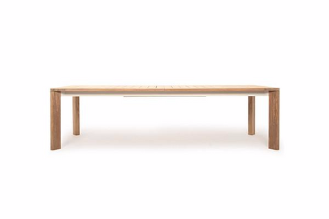 Ora Dining Table