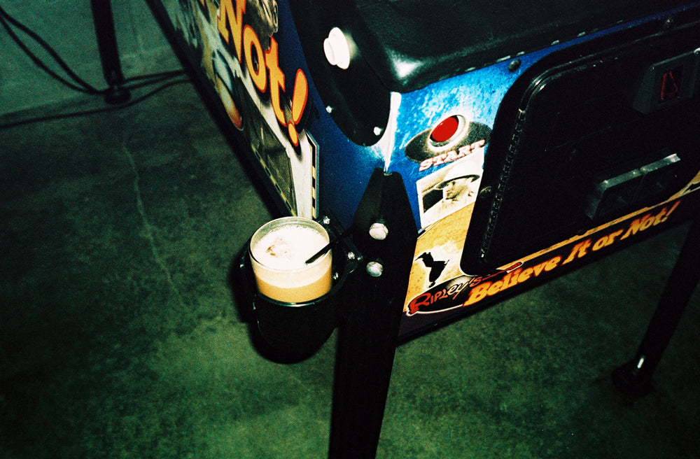 EIGHTYTWO :: DRUNK AT THE ARCADE
